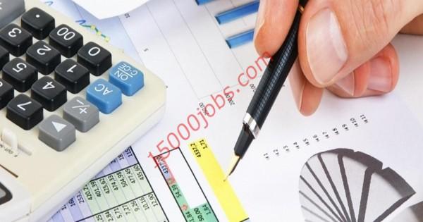 مطلوب محاسبين للعمل في شركة مقاولات عامة رائدة بالإمارات