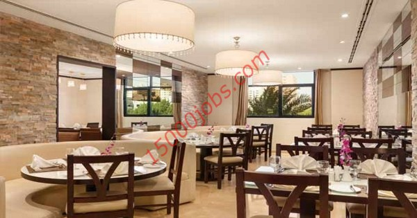 مطلوب طهاة وعمال صالة لمطعم كبير بإمارة عجمان