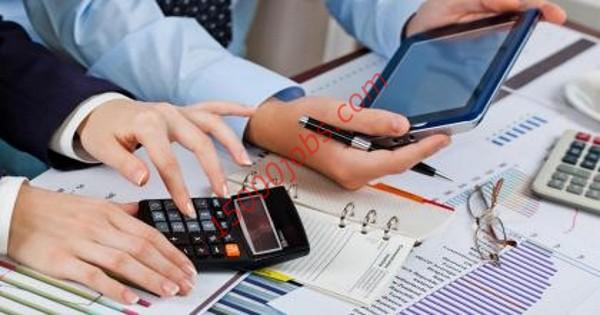 مطلوب محاسبين للعمل في شركة تجارية كبرى بمملكة البحرين