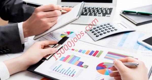 مطلوب محاسبين وموظفات مبيعات لمؤسسة رائدة بالإمارات