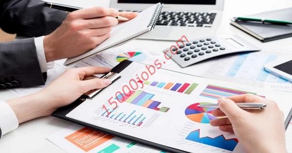 مطلوب محاسبات وموظفي مبيعات للعمل في شركة مقاولات بحرينية