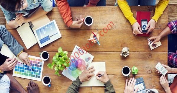 مطلوب مصممين جرافيك وموظفي خدمة عملاء ومبيعات لشركة بالكويت
