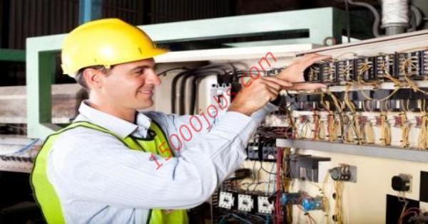 مطلوب مهندس كهرباء للعمل لدى احدى الشركات الاماراتية | 15000 وظيفة
