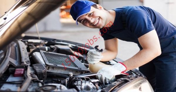 مطلوب فنيين ميكانيكا للعمل بشركة خدمات سيارات بالبحرين