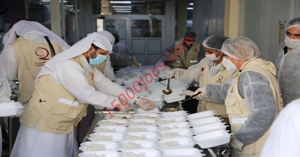 إطلاق حملة لكم الأجر الشبابية بقطر لتوزيع الوجبات الغذائية على العمال