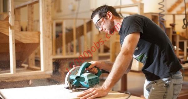 مطلوب فنيين نجارة للعمل في شركة كبرى بالبحرين