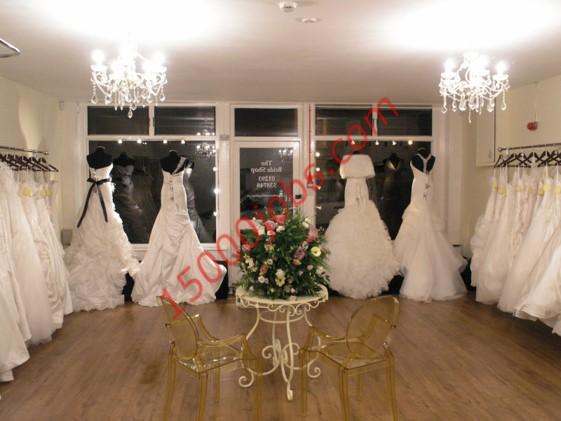 مشروع تأجير فساتين الزفاف والخطوبة